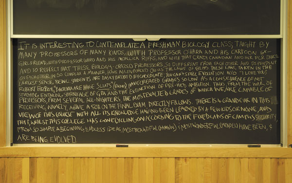[Blackboard with student inscription]